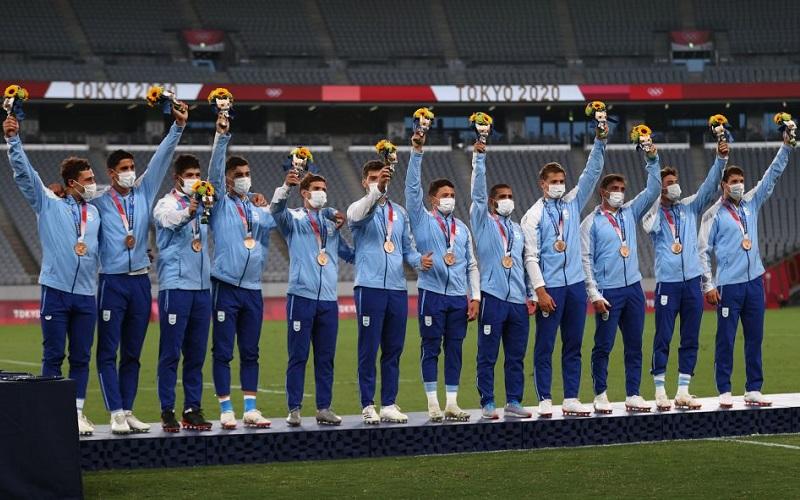 Perdidos en Tokio: Tras conseguir un bronce histórico, Los Pumas 7s están varado en Japón